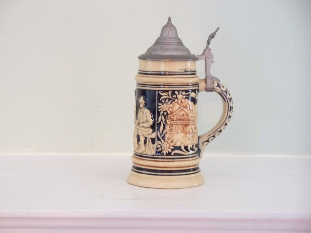 Beer Stein Collecting - The War Years (5/6)