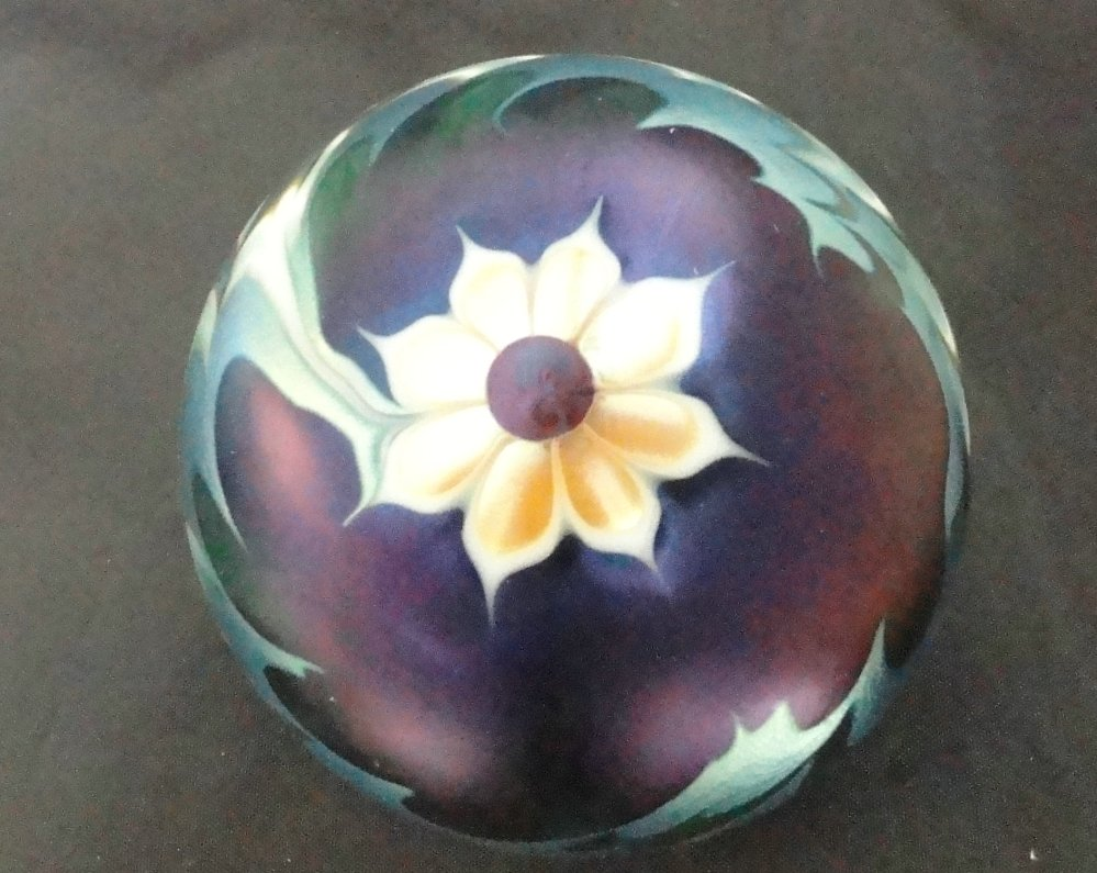Paperweights - Contemorary American Studio Glass Artist - Lundberg (3/6)